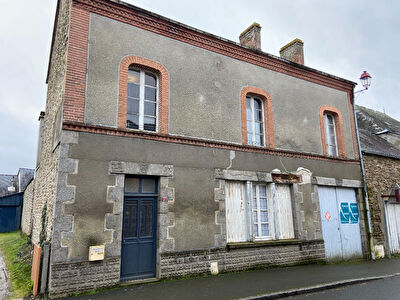 Maison centre bourg 115 m² avec cour privative.